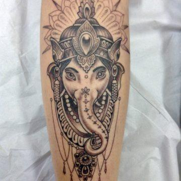 ganesha tatuagem black