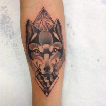 lobo black tatuagem