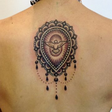 medalhar espirito santo tatuagem
