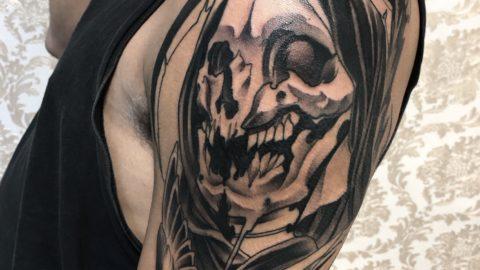 tattoo-black-caveira