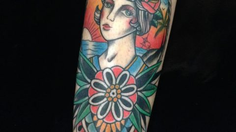 tatuagem-neotradicional-mulher-camafeu