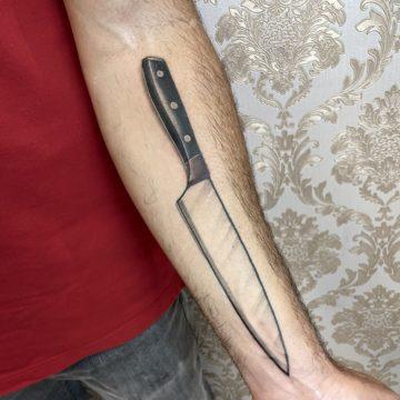 tatuagem-faca-antebraço