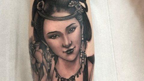 tatuagem-blackworck-gueixa