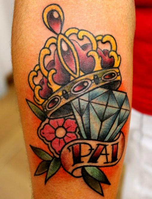 Diamante-e-coroa-tatuagem
