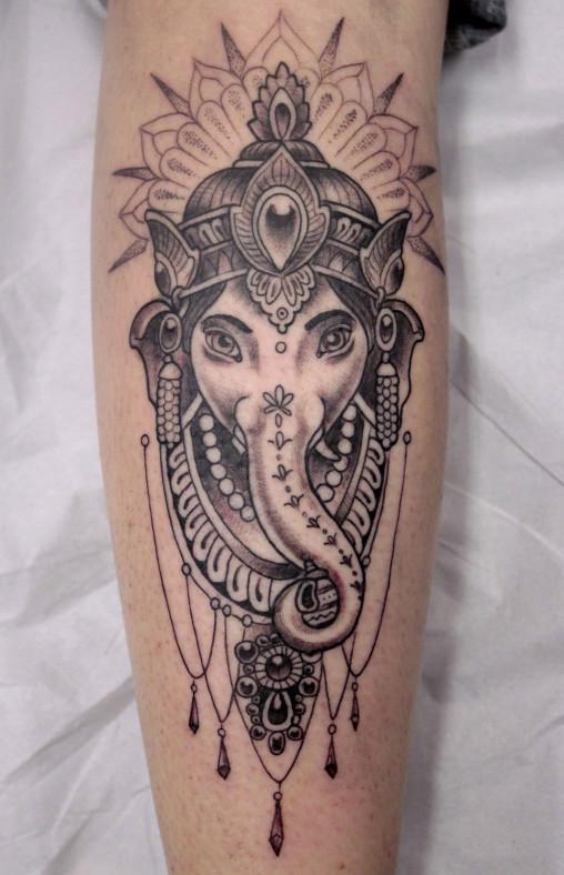 Tattoo Ei - tatuagem ganesh